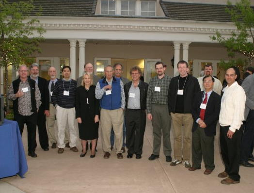 group photo of alumni